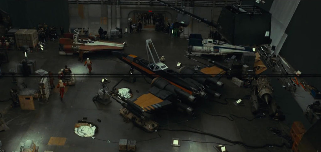 The Last Jedi Behind-The-Scenes Footage
