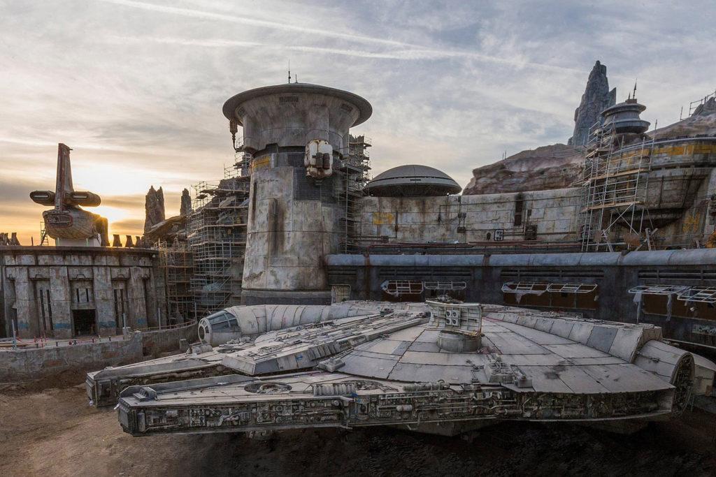 Millennium Falcon at Galaxy's Edge, Disneyland